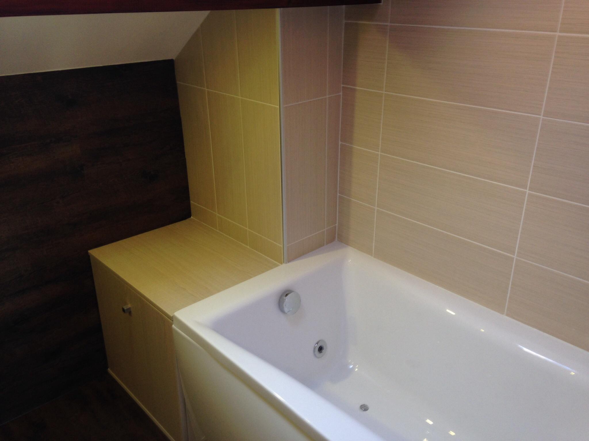 Meuble de salle de bain sur mesure annemasse haute savoie 74 - Magasin salle de bain annemasse ...